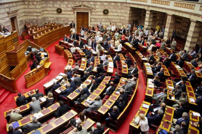 Ψηφίστηκε το νομοσχέδιο για την ανέγερση ισλαμικού τεμένους στην Αθήνα
