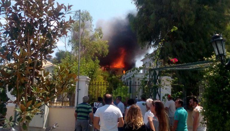 Εκκενώθηκε ο Ιερός Ναός της Παναγίας των Ξένων στη Λευκάδα (ΦΩΤΟ)