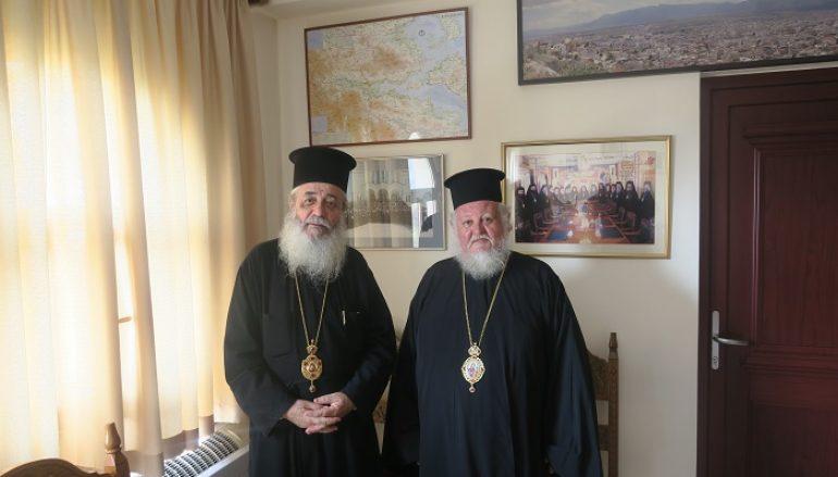 Ο Επίσκοπος Μοζαμβίκης κ. Χρυσόστομος στον Μητροπολίτη Φθιώτιδος