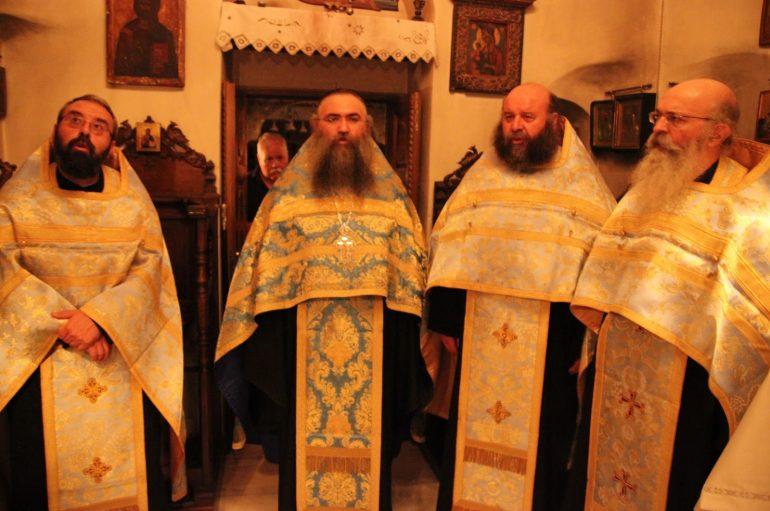 Ο εορτασμός της Κοιμήσεως της Θεοτόκου στην Ι. Μονή Εσφιγμένου (ΦΩΤΟ)