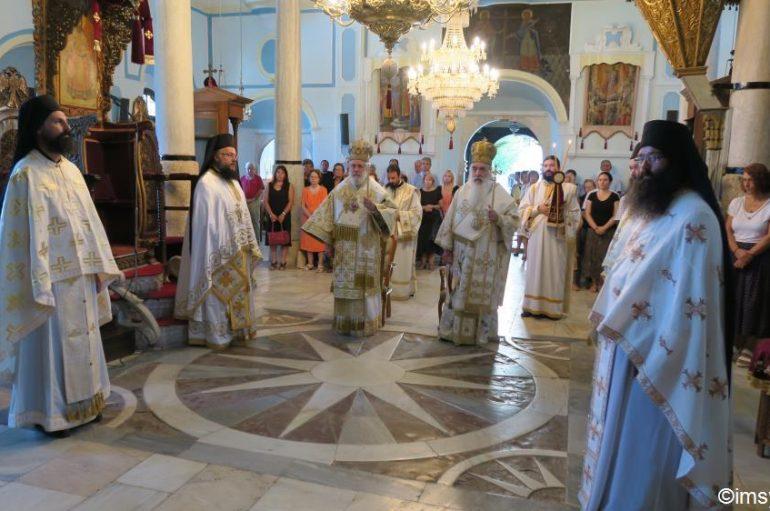 Πανηγυρική Θεία Λειτουργία στην Ι. Μονή του Μεγάλου Σταυρού Σάμου (ΦΩΤΟ)