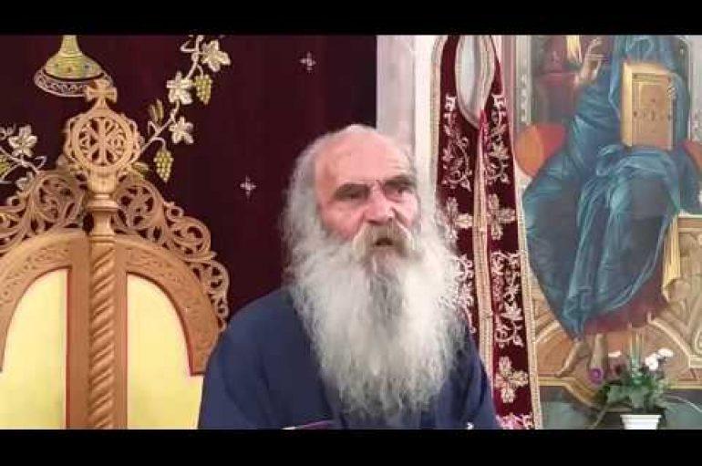 """Ηγούμενος Ιουστίνος της Ι.Μ. Φρέαρ του Ιακώβ: """"Αν υπήρχε ορθόδοξο στοιχείο στην Ελλάδα θα είχε κατεβάσει τον Αρχιεπίσκοπο"""" (ΒΙΝΤΕΟ)"""