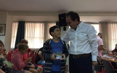 H «AΠΟΣΤΟΛΗ» διέθεσε προπληρωμένες κάρτες σε 1150 παιδιά
