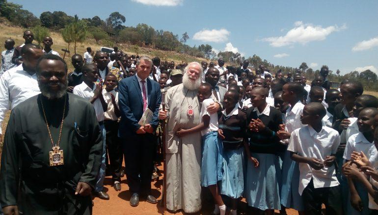 Ο Πατριάρχης Αλεξανδρείας κοντά στα νιάτα της Αφρικής (ΦΩΤΟ)
