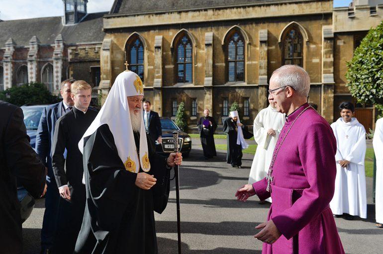 Συνάντηση του Πατριάρχη Μόσχας με τον Αρχιεπίσκοπο Καντερβουρίας (ΦΩΤΟ)