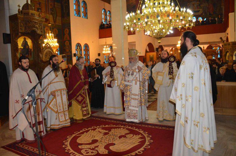 Αρχιερατική Θεία Λειτουργία στον Ι.Ν.Αγίου Λουκά Σταυρουπόλεως (ΦΩΤΟ)