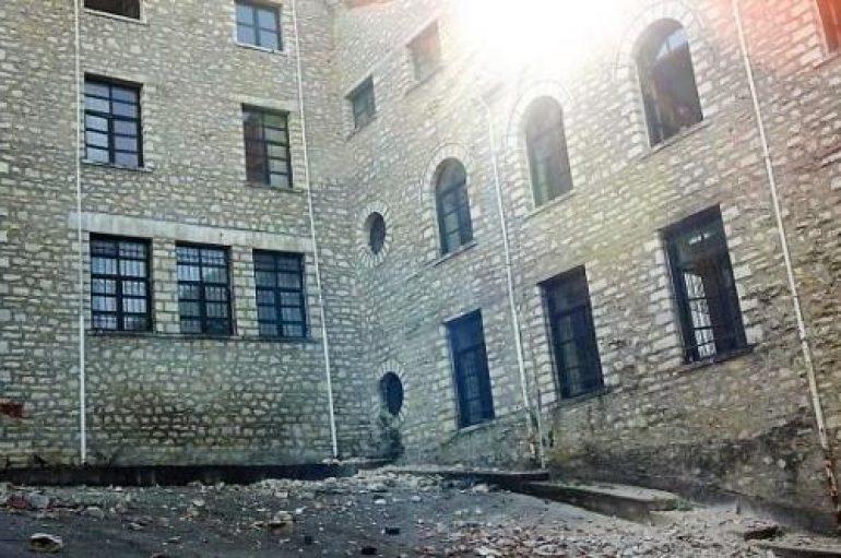 Ζημιές στην ιστορική Μονή Βελλάς από τον σεισμό (ΦΩΤΟ)