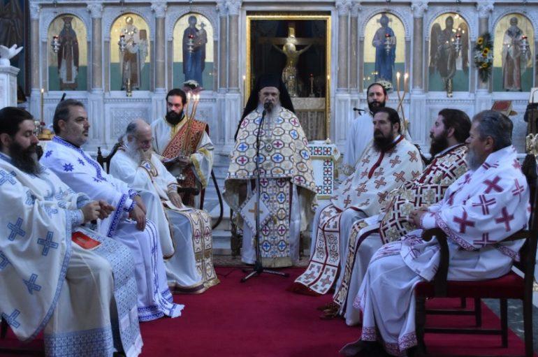 Η Λειτουργία του Αποστόλου Ιακώβου στην Λάρισα (ΦΩΤΟ)