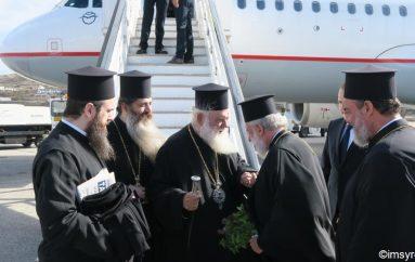 Έφτασε στην Μύκονο ο Αρχιεπίσκοπος Αθηνών (ΦΩΤΟ)