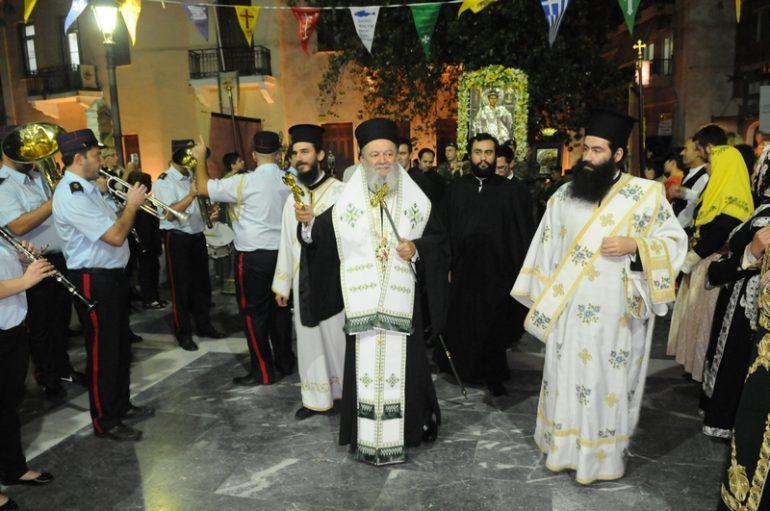 """Υποδοχή της Ιερής Εικόνας της Παναγίας της """"Γιάτρισσας"""" στη Χαλκίδα (ΦΩΤΟ)"""
