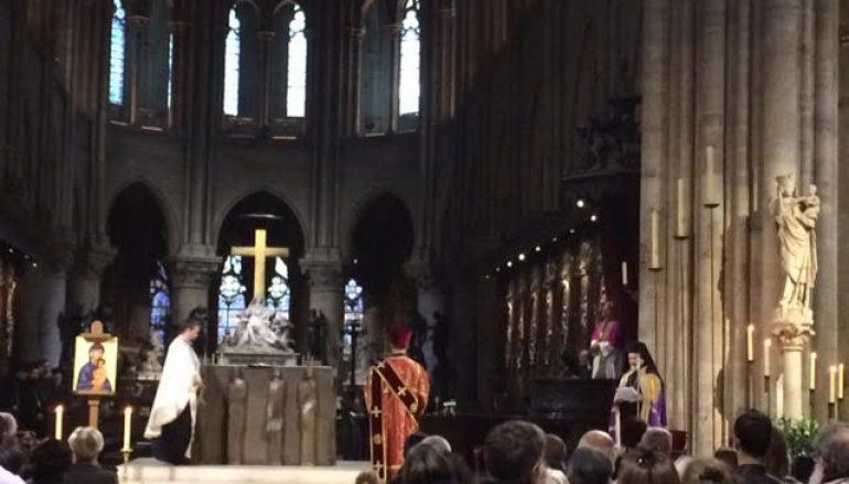 Ορθόδοξος Εσπερινός στην Παναγία των Παρισίων (ΦΩΤΟ)