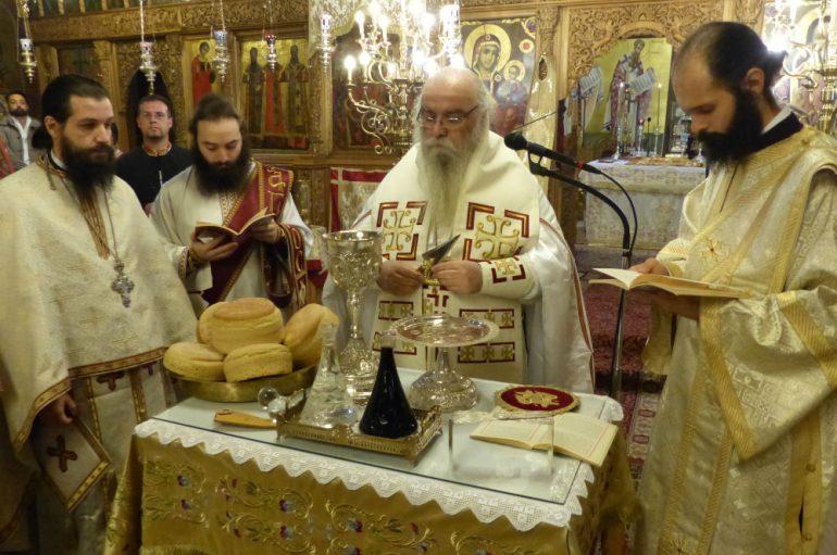 Η Θεία Λειτουργία του Αγίου Ιακώβου του Αδελφοθέου στην Καστοριά (ΦΩΤΟ)