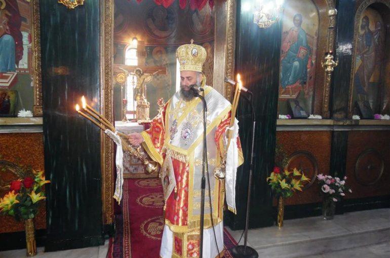 Θεία Λειτουργία στον Ι. Ν. Αγίου Δημητρίου Καρδιτσομαγούλας (ΦΩΤΟ)