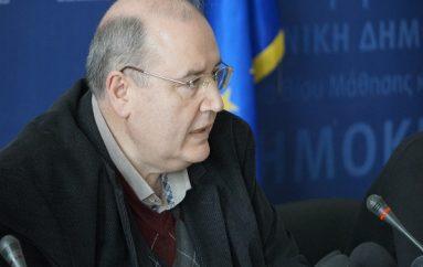 Φίλης: «Το σχολείο προετοιμάζει πολίτες και όχι πιστούς»