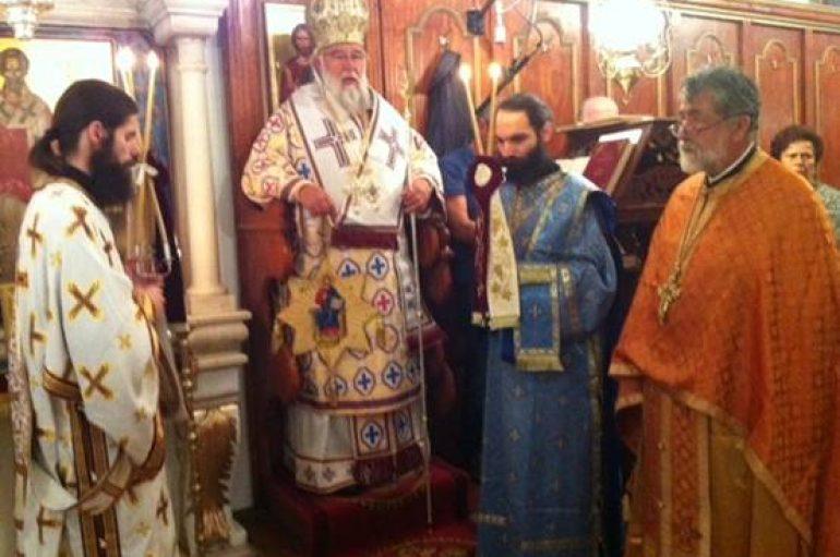 Ο Μητροπολίτης Κερκύρας στον Άγιο Νικόλαο Αλυκών (ΦΩΤΟ)
