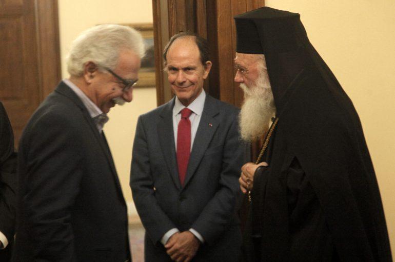 """K. Γαβρόγλου: """"Καμία αλλαγή στο μάθημα των θρησκευτικών"""""""