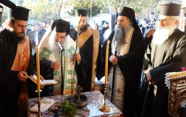 Θυρανοίξια παρεκκλησίου του Οσίου Παϊσίου στην Θηριόπετρα της Αριδαίας (ΦΩΤΟ)