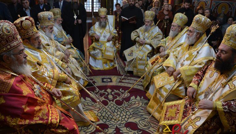 Η πρώτη Θεία Λειτουργία του Άρτης Καλλινίκου στη Μητρόπολή του (ΦΩΤΟ)
