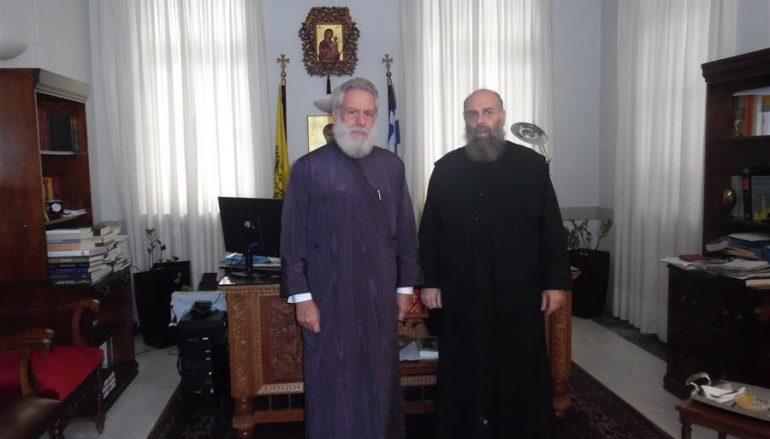 Επίσκεψη του Μητροπολίτη Σύρου στην Ι. Μ. Θεσσαλιώτιδος