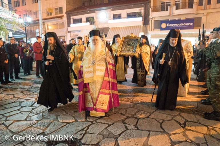Υποδοχή της Παναγίας Παναχράντου και της Τιμίας Κάρας του Αγ. Παντελεήμονος στη Βέροια (ΦΩΤΟ)
