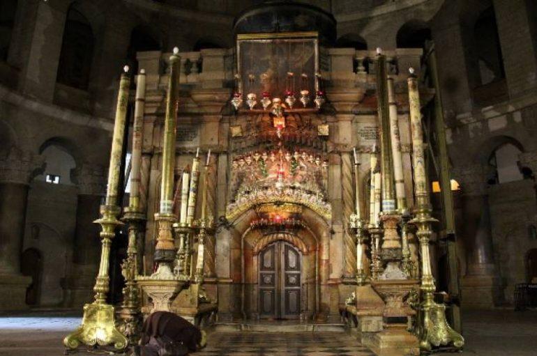 Πανάγιος Τάφος: Αιώνες τώρα έθνη και θρησκείες υποκλίνονται με σεβασμό (ΒΙΝΤΕΟ)