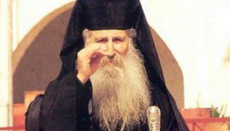 Γέροντας Ιάκωβος Τσαλίκης: «Πες στους δαίμονες ότι είσαι σωσμένος» (ΒΙΝΤΕΟ)