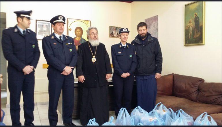 Η Αστυνομική Διεύθυνση Πρέβεζας προσέφερε τρόφιμα στην Ι. Μ. Πρεβέζης (ΦΩΤΟ)