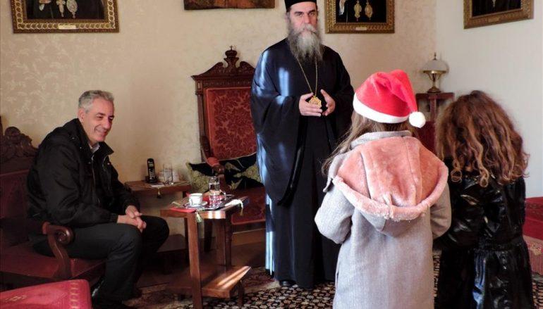 Κάλαντα παραμονής Χριστουγέννων στο Επισκοπείο Άρτης (ΦΩΤΟ)