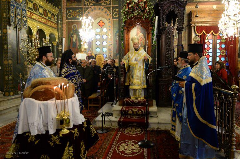 Με λαμπρότητα ο εορτασμός του Αγίου Νικολάου στην Καλαμάτα (ΦΩΤΟ)