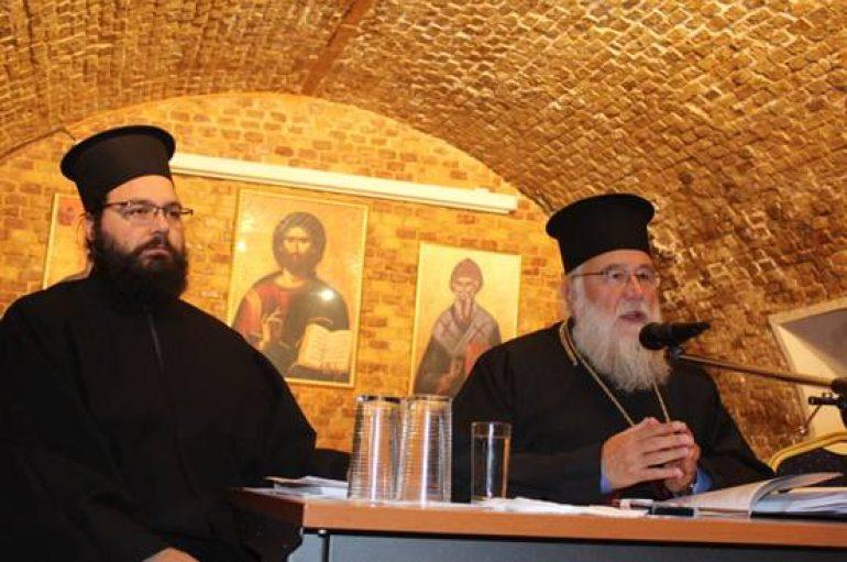 Ιερατική Σύναξη στην Ι.Μ. Κερκύρας (ΦΩΤΟ)