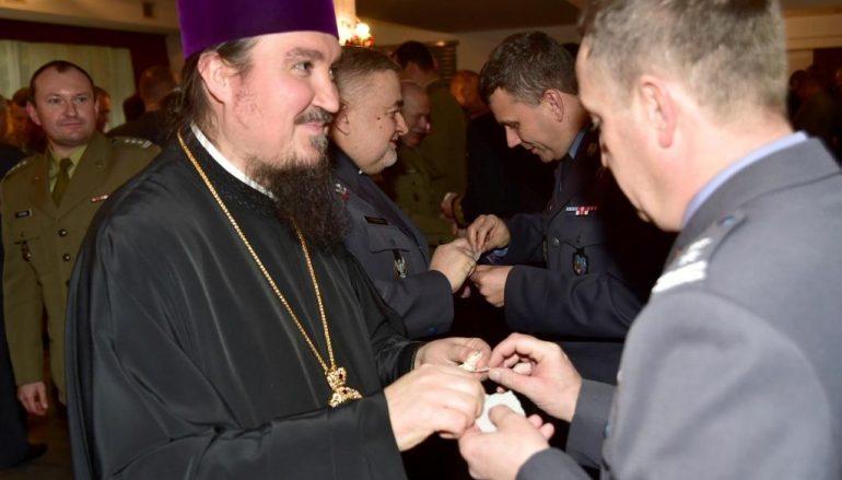 Στρατιωτικά Χριστούγεννα στην Eκκλησία Πολωνίας (ΦΩΤΟ)