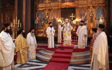 Ο Αρχιεπίσκοπος στον ιερό ναό Αγίας Ειρήνης Αιόλου (ΦΩΤΟ)