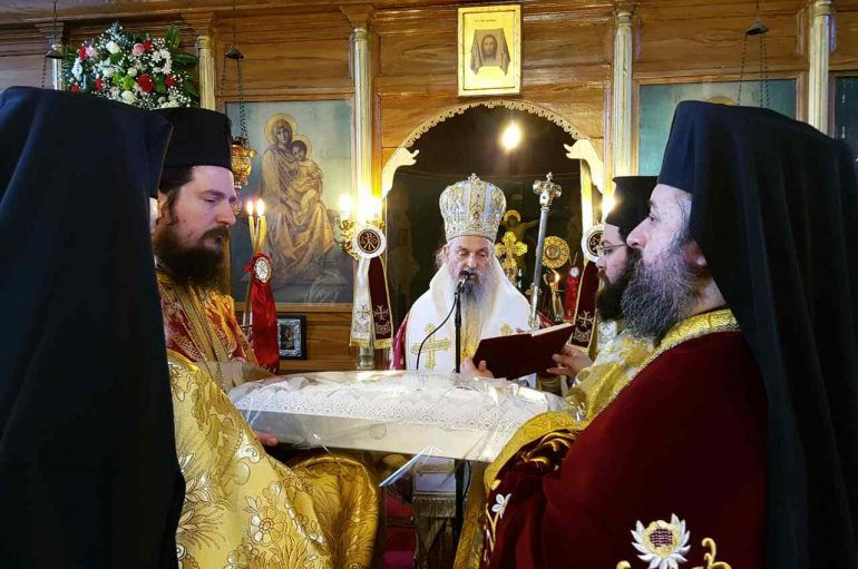 Η χιονισμένη Όσσα Κισσάβου εόρτασε τον Άγιο Αντώνιο (ΦΩΤΟ)