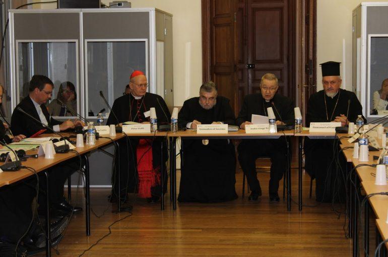 Ξεκίνησε το 5ο Φόρουμ Ορθοδόξων και Ρωμαιοκαθολικών στο Παρίσι (ΦΩΤΟ)