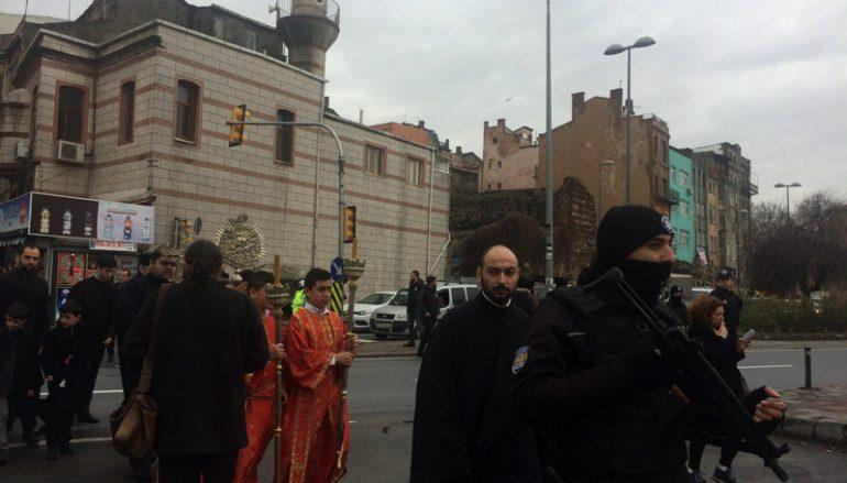 Υπό δρακόντεια μέτρα ασφαλείας η εορτή των Θεοφανείων στην Πόλη (ΦΩΤΟ)