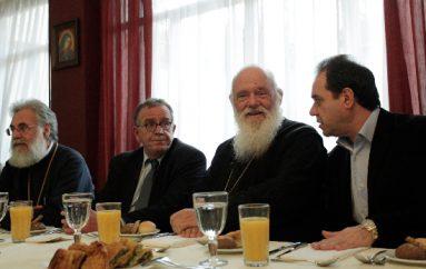 Γιάννης Μουζάλας: «Ευχαριστούμε την Εκκλησία για τη μεγαλοκαρδία της» (ΦΩΤΟ)
