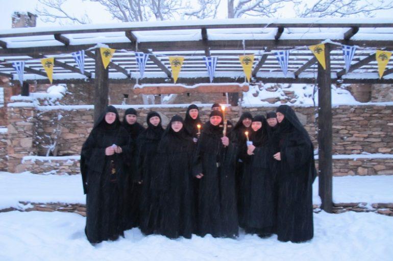 Ρασοφορία νέας Μοναχής στην Ιερά Μονή Τιμίου Προδρόμου Ανατολής (ΦΩΤΟ)