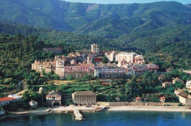 Πέντε θρησκευτικά κειμήλια θα μεταφερθούν στο Βατοπέδι του Αγίου Όρους