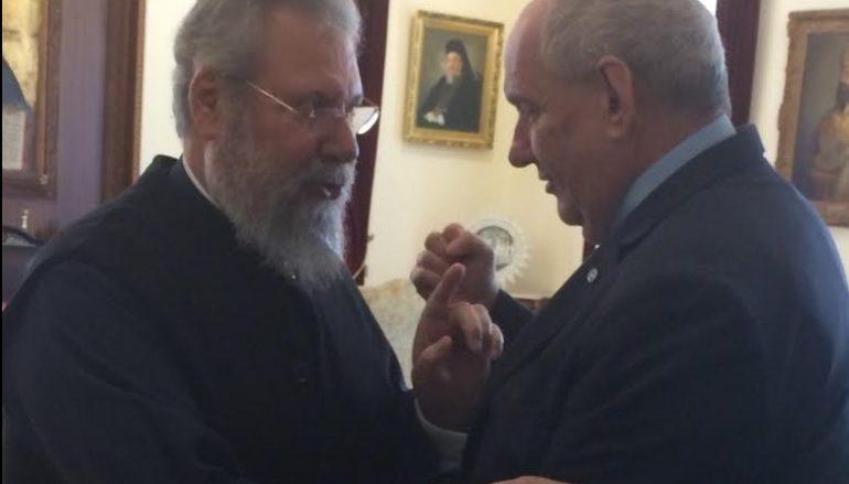 Ο Υφ. Εξωτερικών επισκέφθηκε τον Αρχιεπίσκοπο Κύπρου (ΦΩΤΟ-ΒΙΝΤΕΟ)