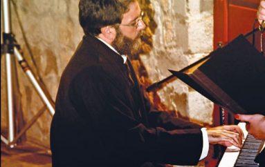 Ρεσιτάλ πιάνου από τον π. Ελευθέριο Κουμασίδη (ΦΩΤΟ)