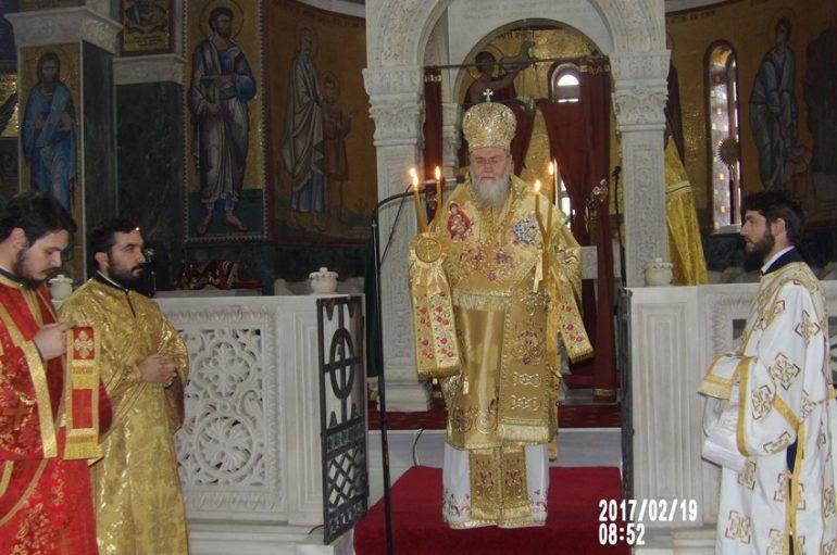 Αρχιερατική Θεία Λειτουργία στο Ξυλόκαστρο Κορινθίας (ΦΩΤΟ)