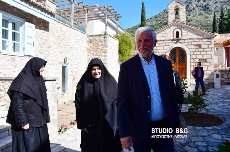 Ο Περιφερειάρχης Πελοποννήσου στο Μοναστήρι της Αγίας Μονής Ναυπλίου