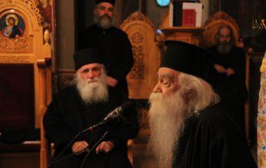 Δυο σεβαστοί Γέροντες στον Ιερό Ναό Αγίας Φωτεινής Υμηττού (ΦΩΤΟ)