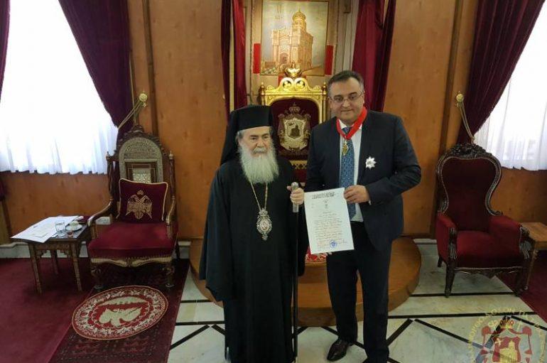Ο Πατριάρχης Ιεροσολύμων βράβευσε τον Πρέσβη της Ουκρανίας (ΦΩΤΟ-ΒΙΝΤΕΟ)