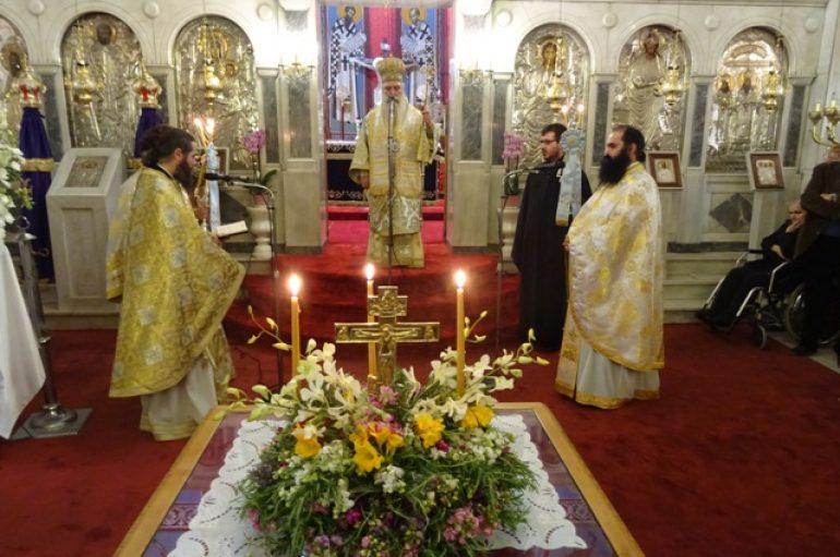 Κυριακή της Σταυροπροσκυνήσεως στον Ι. Ναό Οσίου Νίκωνος Σπάρτης (ΦΩΤΟ)