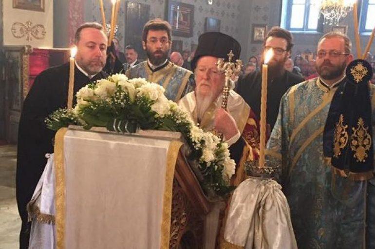 Ο Οικ. Πατριάρχης στους Γ' Χαιρετισμούς στην Παναγία Βλαχερνών (ΦΩΤΟ)