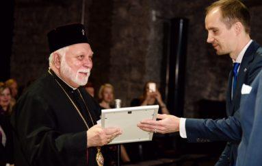 Παρασημοφόρηση του Προκαθημένου της Εσθονικής Εκκλησίας (ΦΩΤΟ)