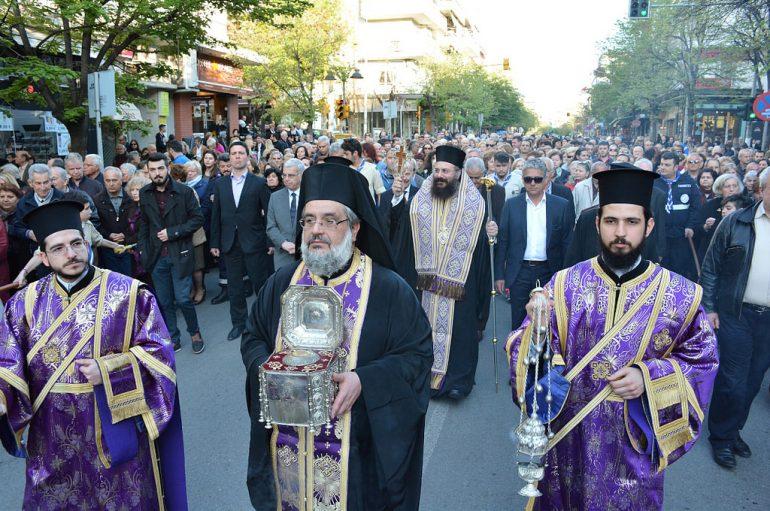 Η Θεσσαλονίκη υποδέχθηκε την Κάρα της Αγίας Βαρβάρας (ΦΩΤΟ)