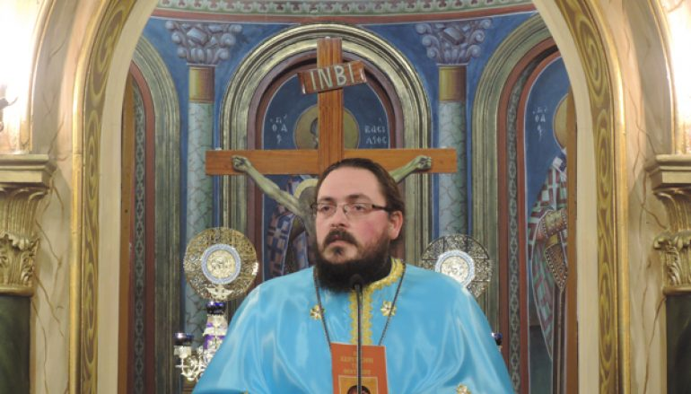 """π. Ιερόθεος Βαμβακάρης: """"Πρόσωπο κυριαρχικό στην σωτηρία μας είναι η Υπεραγία Θεοτόκος"""" (ΒΙΝΤΕΟ)"""