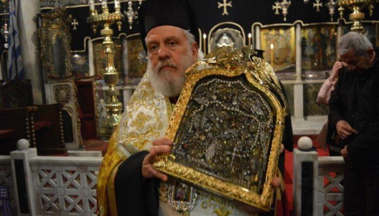 Οι Α΄ Χαιρετισμοί στον Πανίερο Ναό της Ευαγγελιστρίας Τήνου (ΦΩΤΟ)